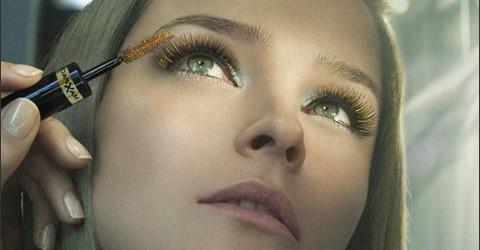 5 вариантов макияжа с цветной тушью для ресниц.