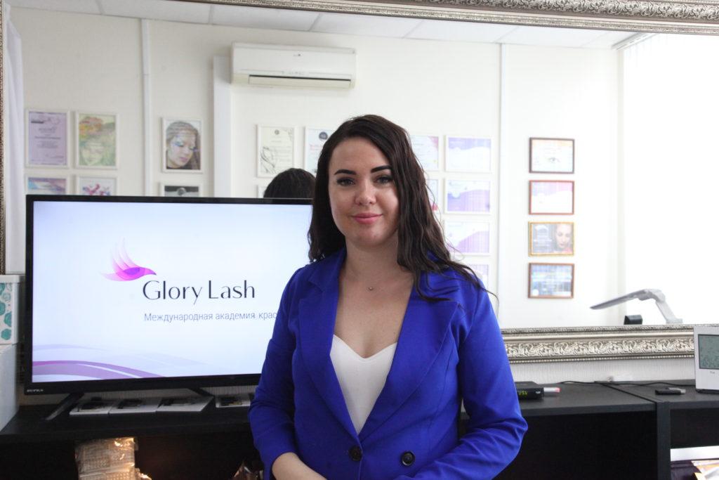 Курс от школы Glory Lash